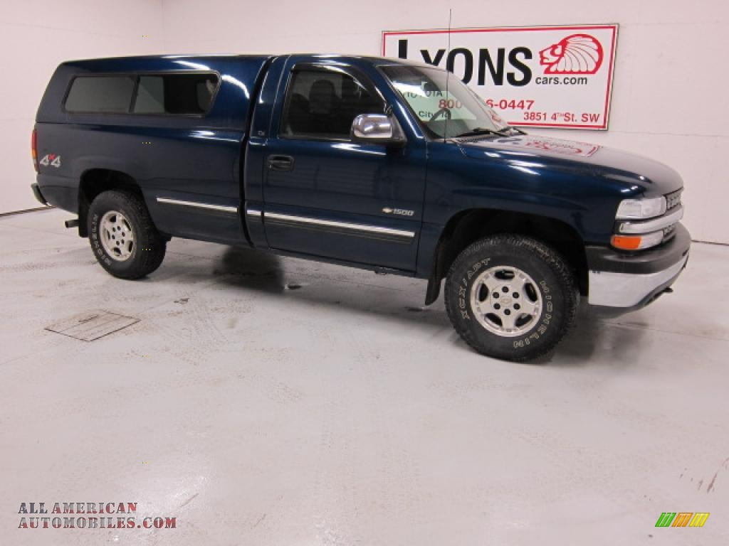 1999 Silverado 1500 LS Regular Cab 4x4 - Indigo Blue Metallic / Graphite photo #19