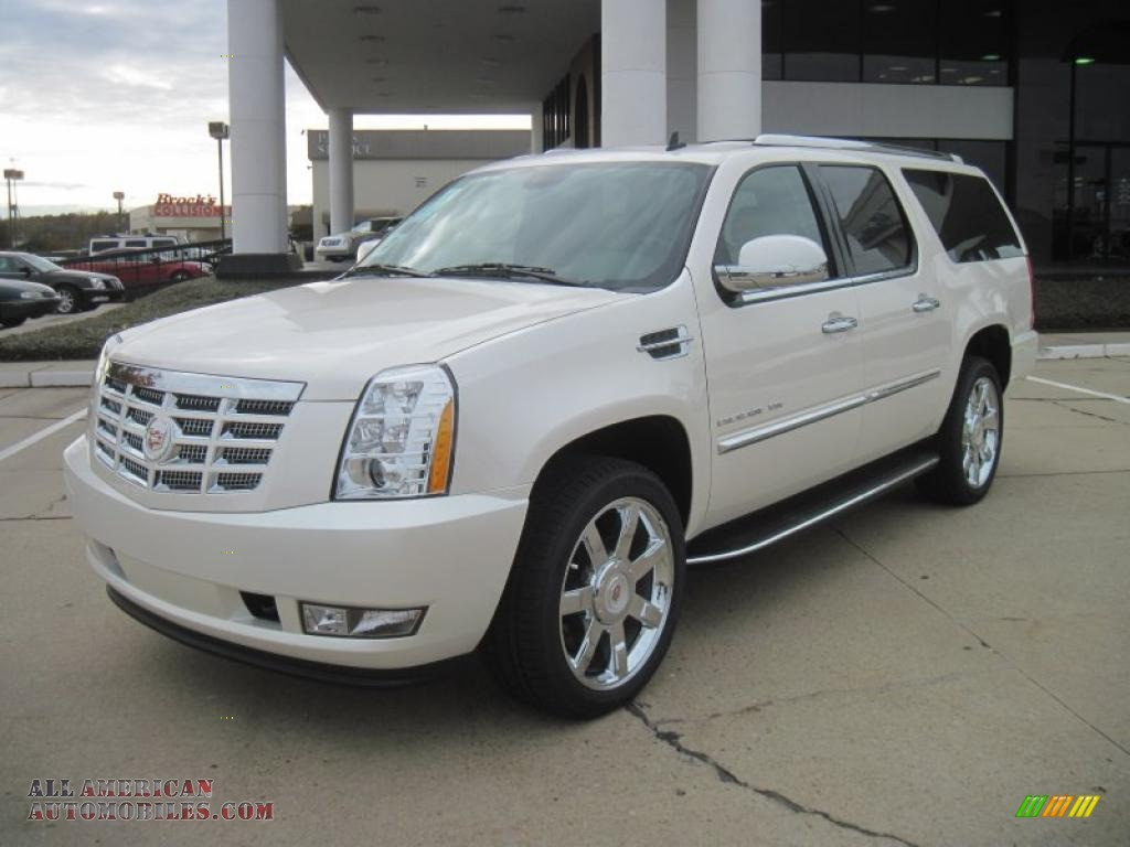 2011 cadillac escalade esv luxury in white diamond tricoat. Black Bedroom Furniture Sets. Home Design Ideas