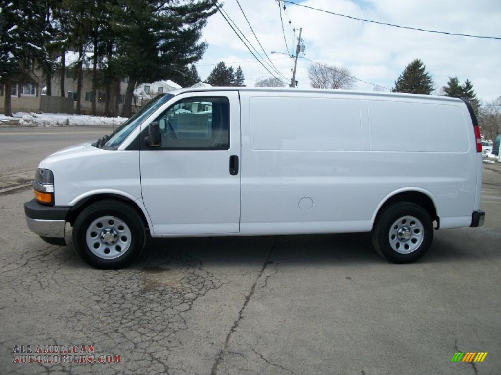 2011 chevrolet express 1500 awd cargo van in summit white. Black Bedroom Furniture Sets. Home Design Ideas
