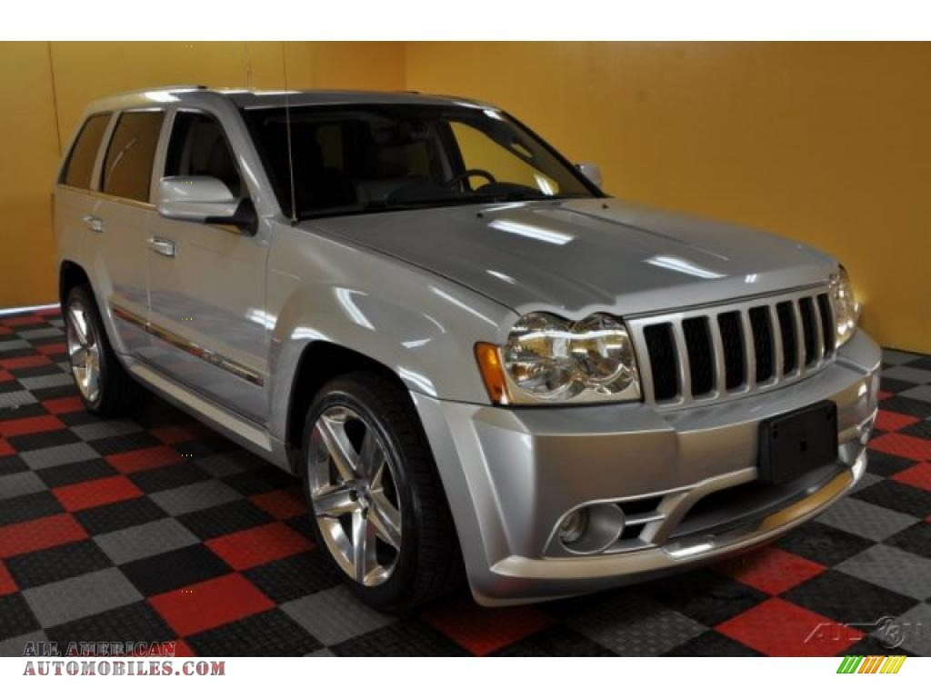 2007 jeep grand cherokee srt8 4x4 in bright silver metallic photo 7. Cars Review. Best American Auto & Cars Review