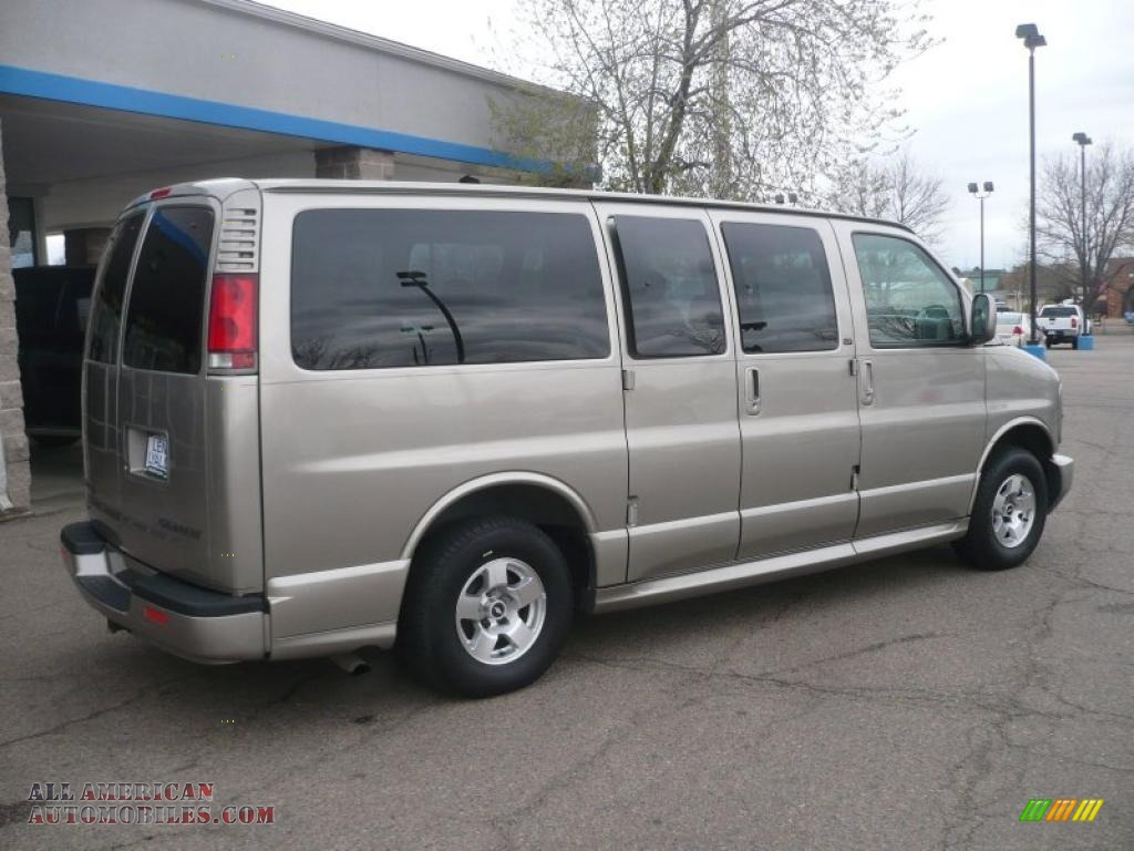 2002 chevrolet express 1500 lt passenger van in light pewter metallic photo 6 108829 all. Black Bedroom Furniture Sets. Home Design Ideas