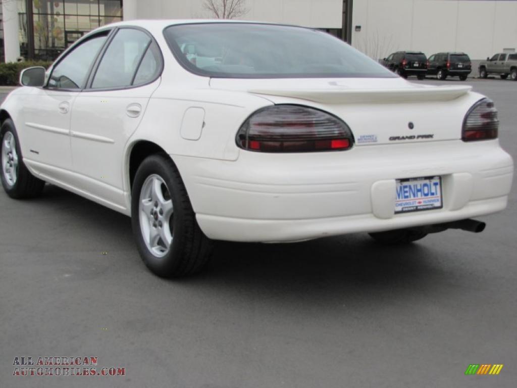 2002 pontiac grand prix se sedan in ivory white photo 3 146726 all american automobiles. Black Bedroom Furniture Sets. Home Design Ideas