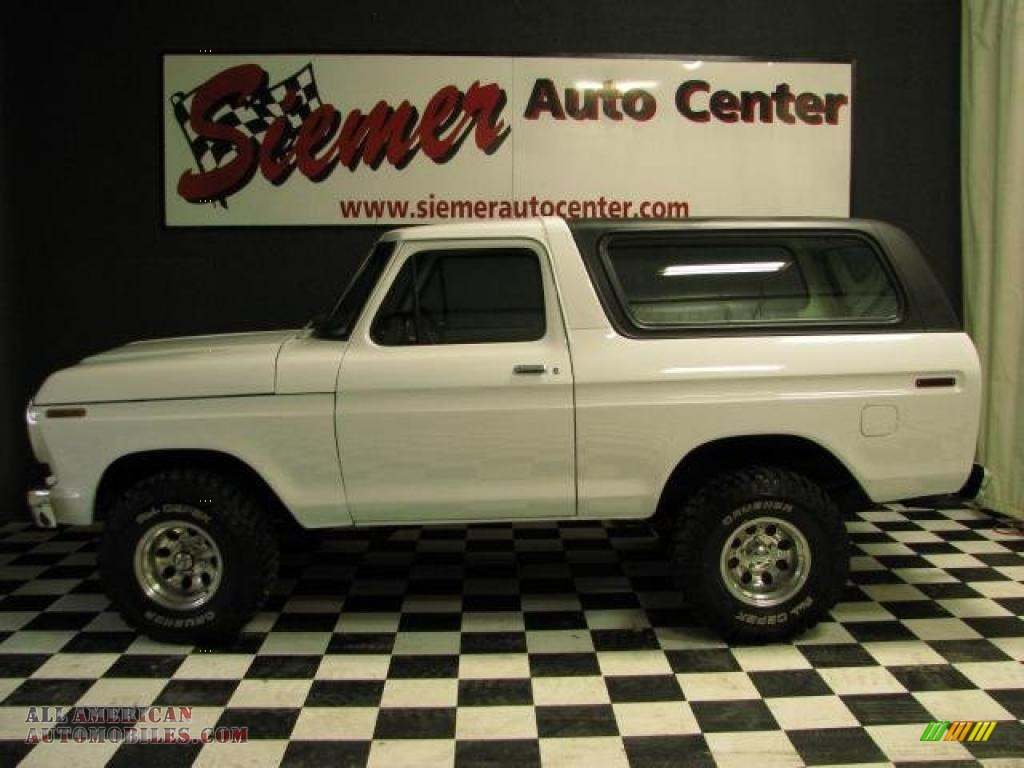 Full size bronco half cab submited images
