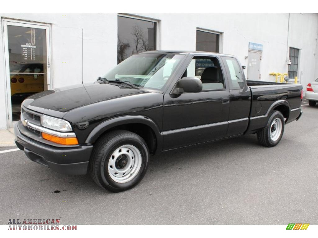 Black onyx graphite chevrolet s10 extended cab