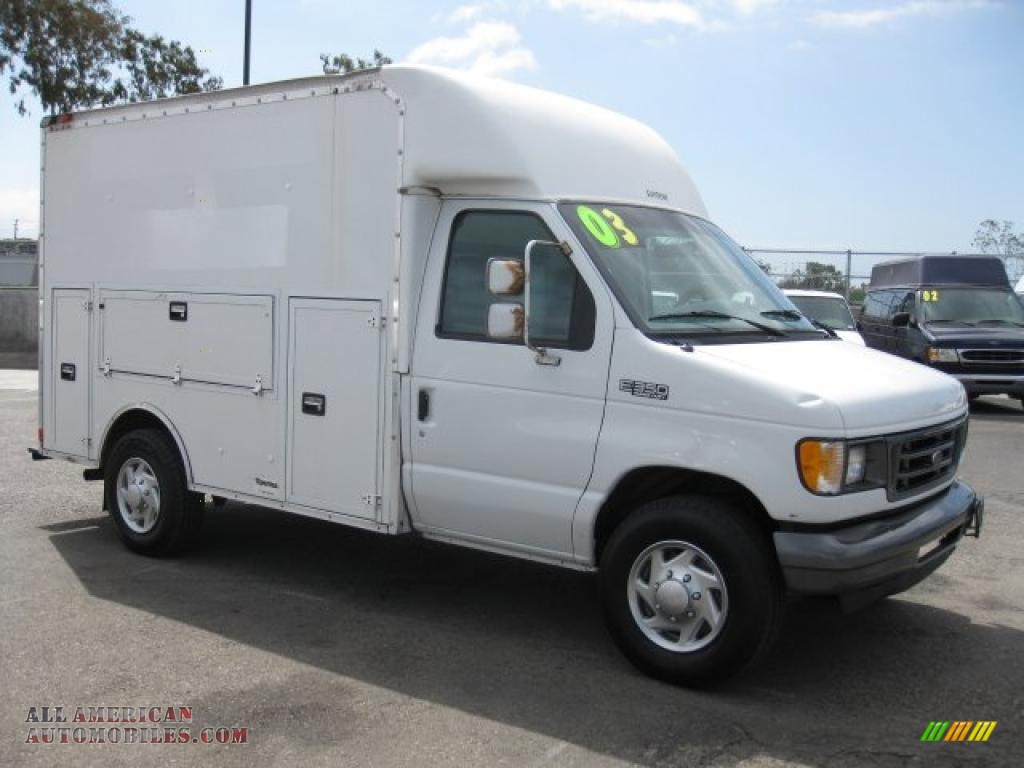 2003 ford e series cutaway e350 commercial utility truck in oxford white a44449 all american. Black Bedroom Furniture Sets. Home Design Ideas