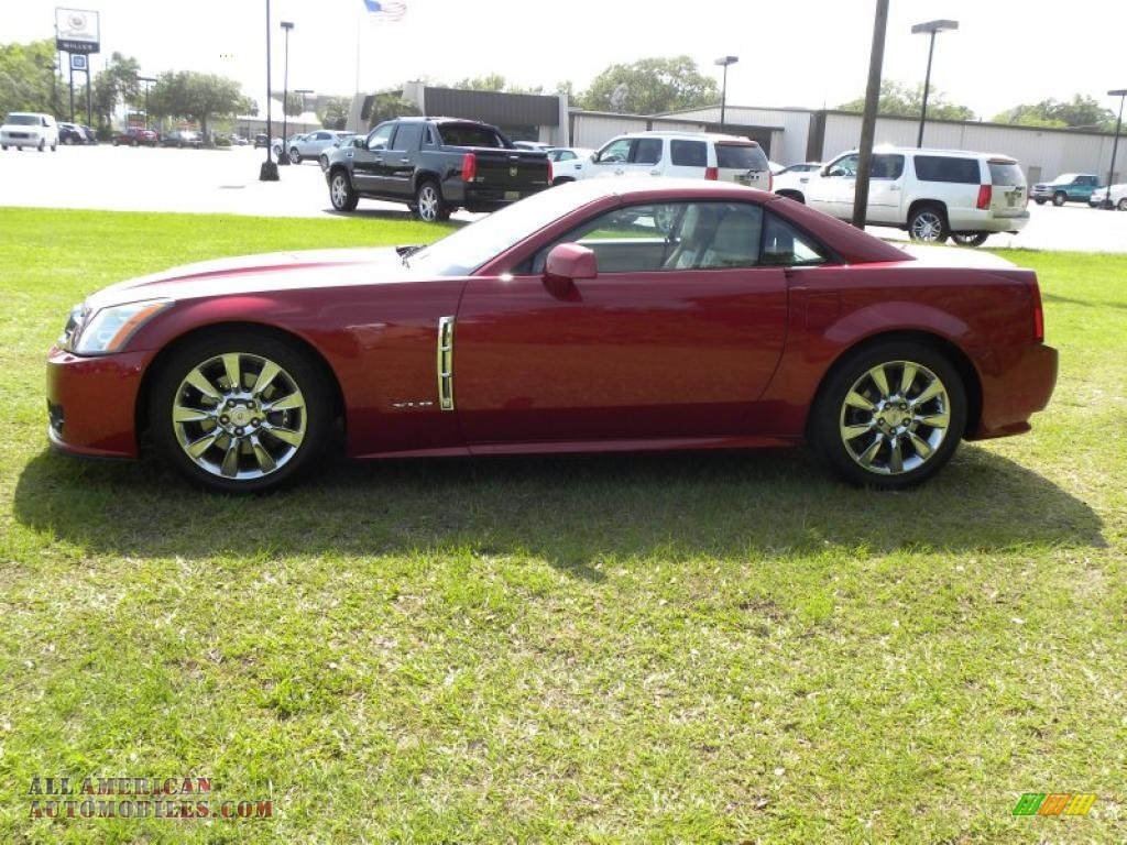 2009 cadillac xlr platinum roadster in crystal red photo 2 600837 all american automobiles. Black Bedroom Furniture Sets. Home Design Ideas