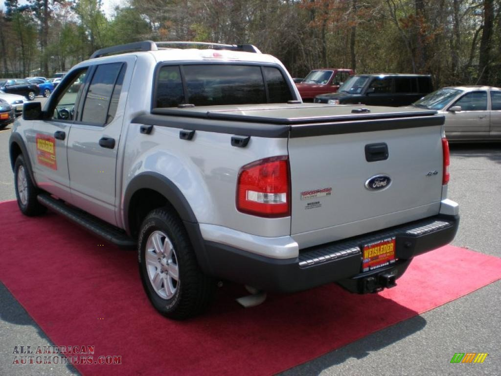 2009 ford explorer sport trac xlt 4x4 in brilliant silver metallic photo 8 a44668 all. Black Bedroom Furniture Sets. Home Design Ideas
