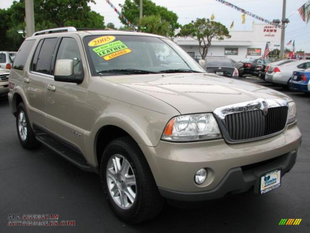 2004 lincoln aviator luxury in light french silk metallic j43962 all american automobiles. Black Bedroom Furniture Sets. Home Design Ideas
