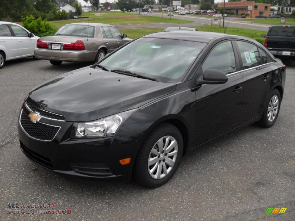 2011 Chevrolet Cruze Ls In Black Granite Metallic 240660