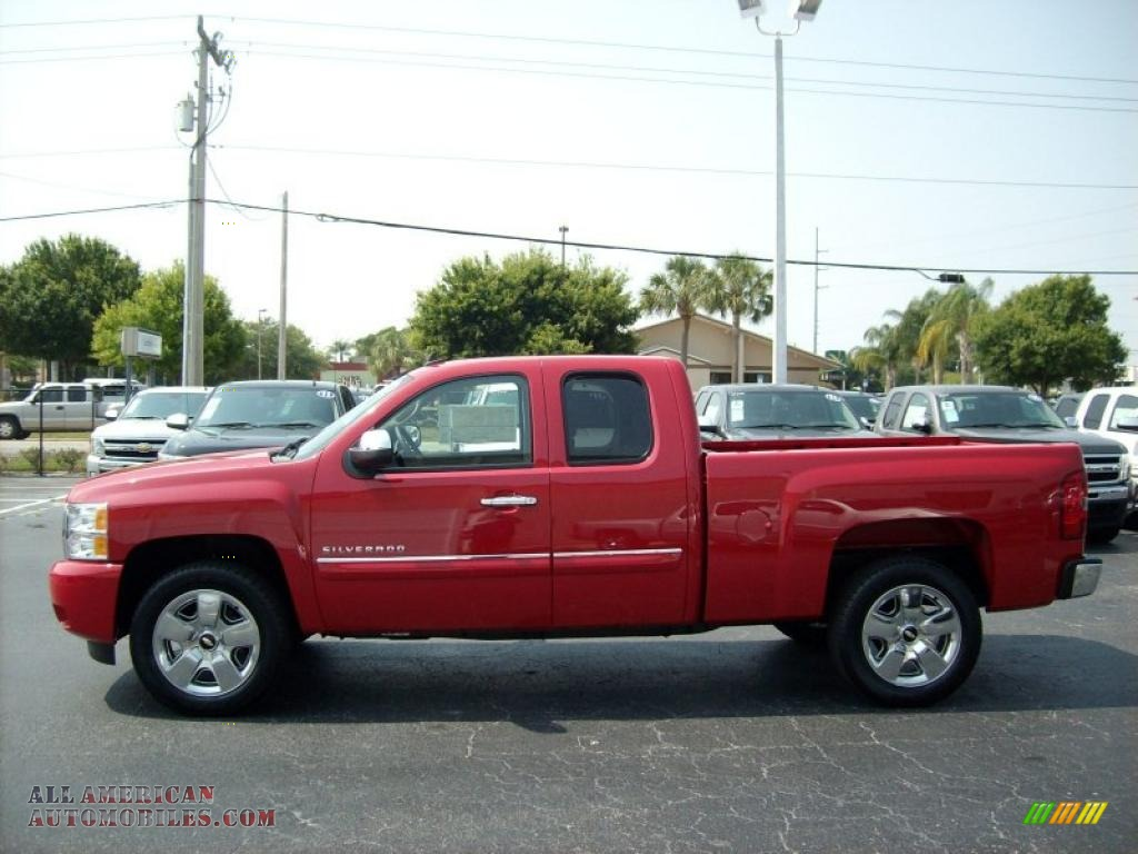 2011 chevrolet silverado 1500 lt extended cab in victory red photo 3 255384 all american. Black Bedroom Furniture Sets. Home Design Ideas