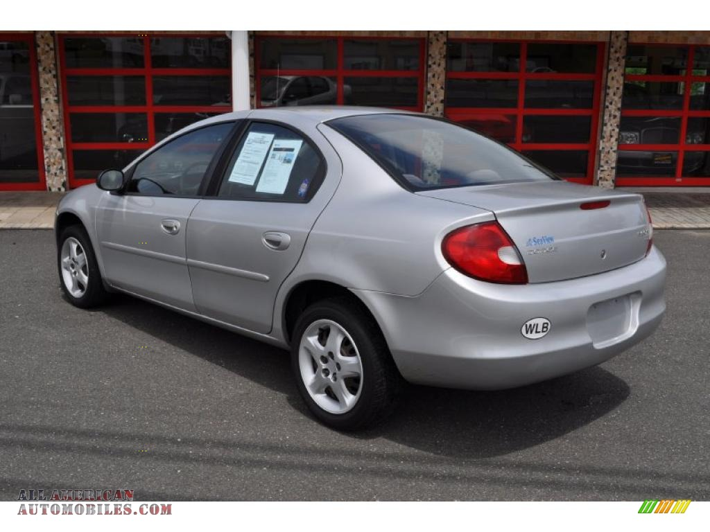 2002 dodge neon se in bright silver metallic photo 2. Black Bedroom Furniture Sets. Home Design Ideas