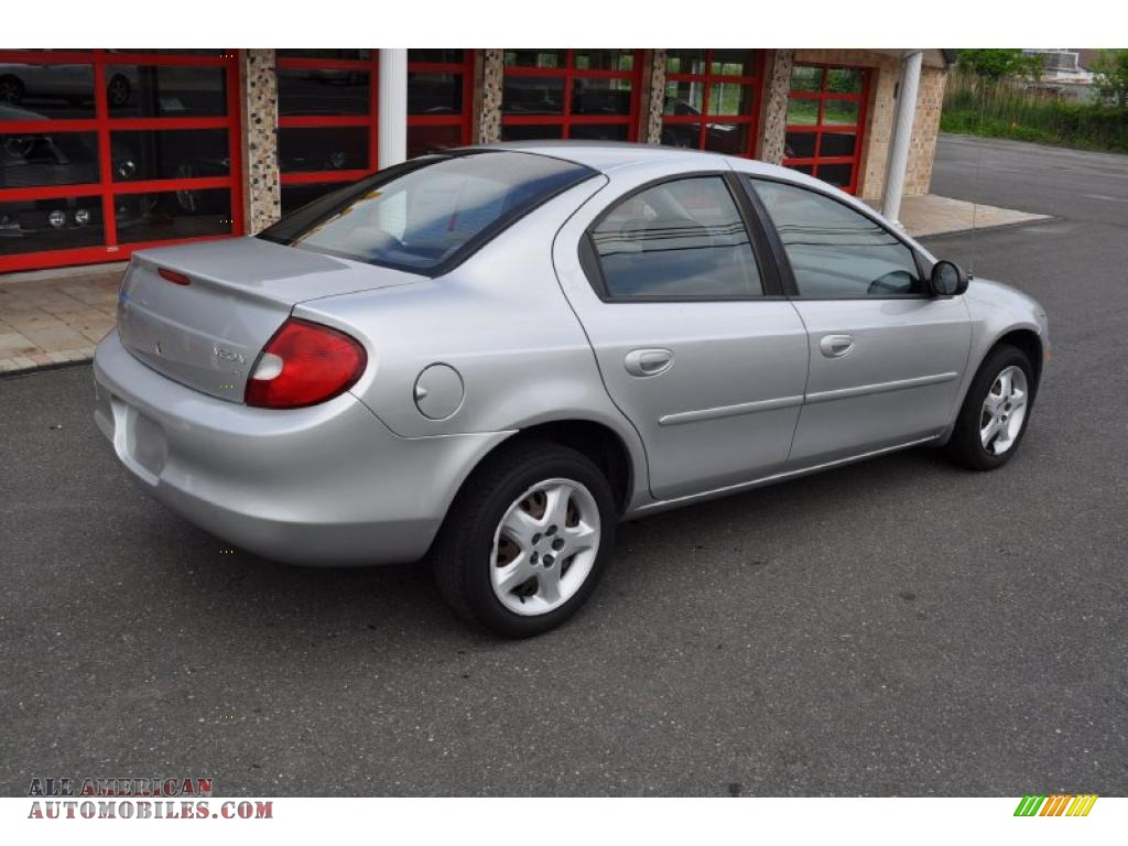 2002 dodge neon se in bright silver metallic photo 3. Black Bedroom Furniture Sets. Home Design Ideas