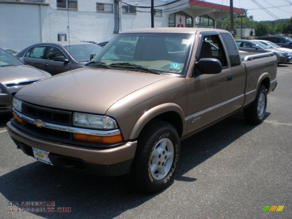 2002 chevrolet s10 ls extended cab 4x4 in sandalwood metallic 181311 all american. Black Bedroom Furniture Sets. Home Design Ideas