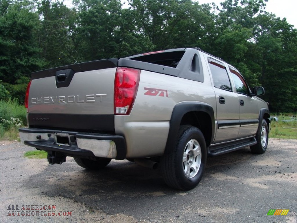 2003 chevrolet avalanche reviews and rating motor trend autos post. Black Bedroom Furniture Sets. Home Design Ideas