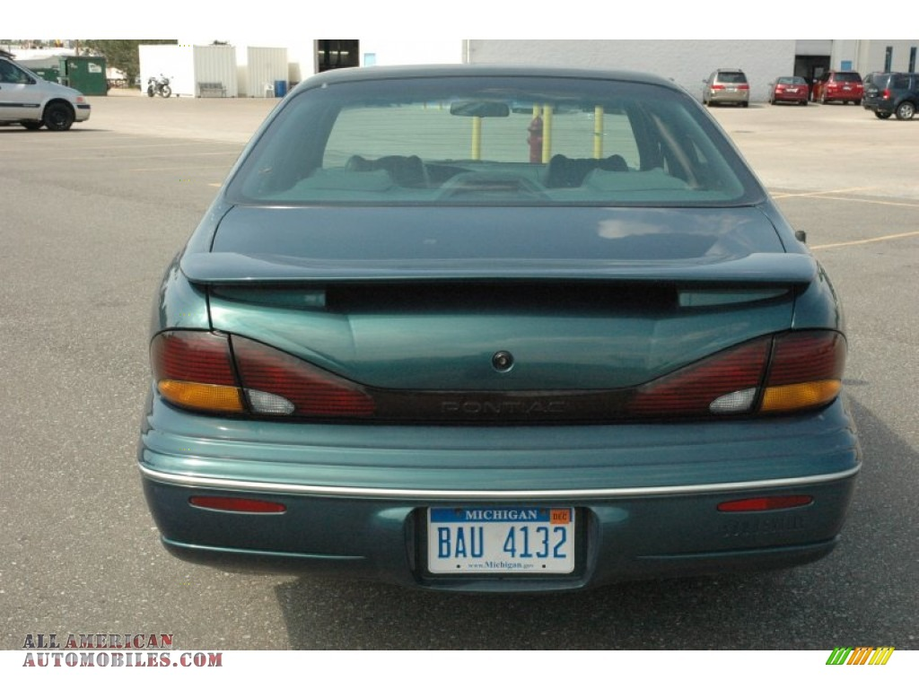 1996 pontiac bonneville se in dark green metallic photo 5. Black Bedroom Furniture Sets. Home Design Ideas