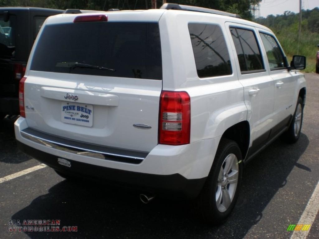 2011 jeep patriot latitude x 4x4 in bright white photo 2 282483 all american automobiles. Black Bedroom Furniture Sets. Home Design Ideas