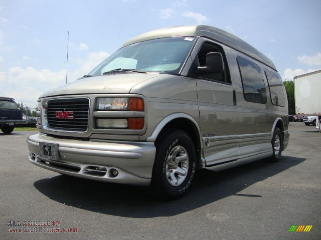 2002 gmc savana van g1500 passenger conversion in light. Black Bedroom Furniture Sets. Home Design Ideas