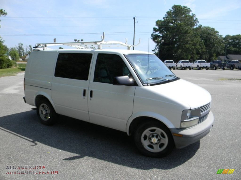 2005 chevrolet astro cargo van in summit white photo 3. Black Bedroom Furniture Sets. Home Design Ideas
