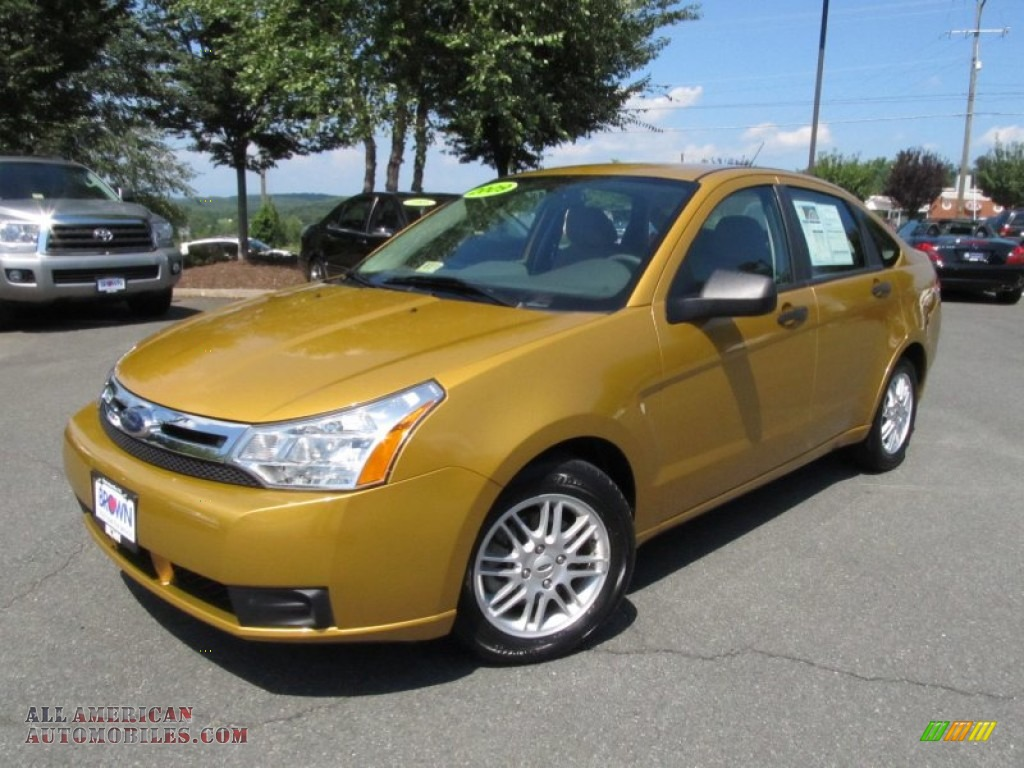 2009 ford focus se sedan in amber gold metallic photo 4 102401 all american automobiles. Black Bedroom Furniture Sets. Home Design Ideas