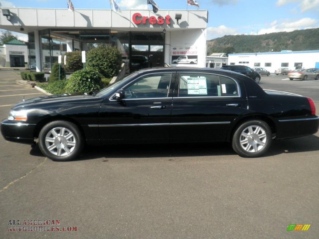 2011 Lincoln Town Car Signature L In Black 762951 All