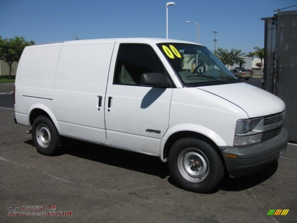 2000 chevrolet astro cargo van in ivory white 147572 all american automobiles buy american. Black Bedroom Furniture Sets. Home Design Ideas