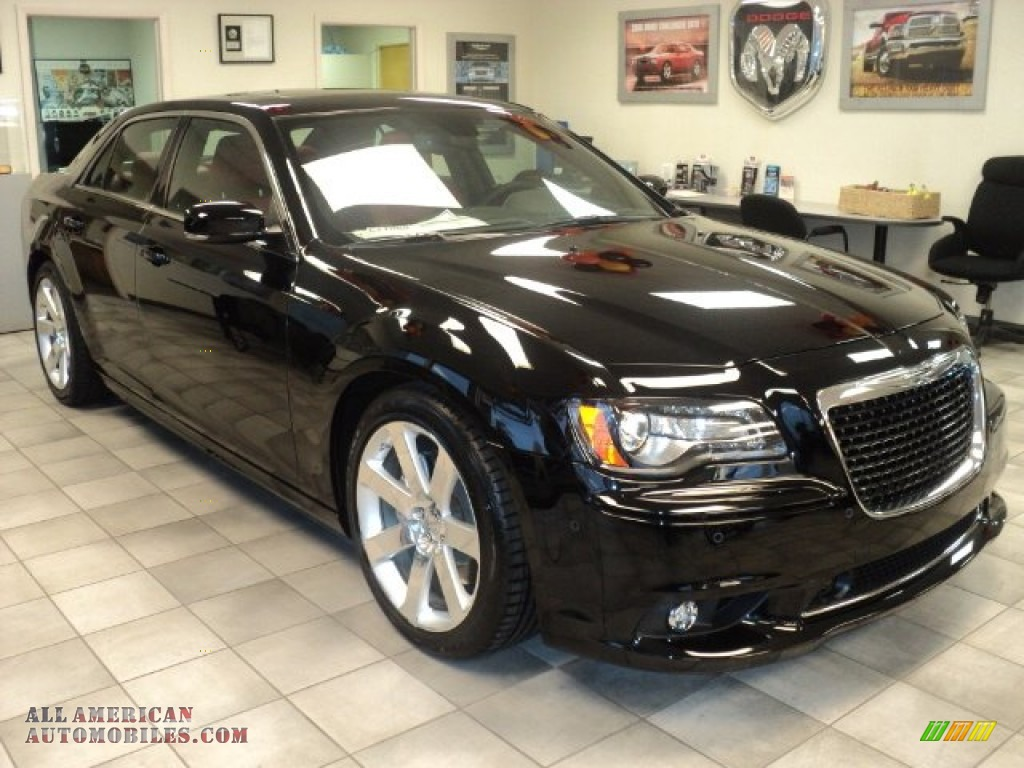 2012 chrysler 300 srt8 in gloss black photo 3 800149. Black Bedroom Furniture Sets. Home Design Ideas