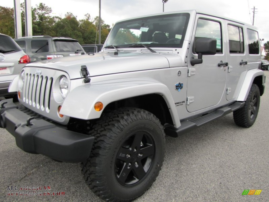 2012 jeep wrangler unlimited sahara arctic edition 4x4 in bright silver metallic photo 3. Black Bedroom Furniture Sets. Home Design Ideas