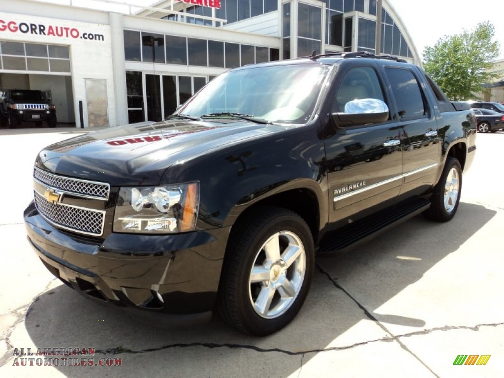 2010 chevrolet avalanche ltz 4x4 in black 138331 all american automobiles buy american. Black Bedroom Furniture Sets. Home Design Ideas