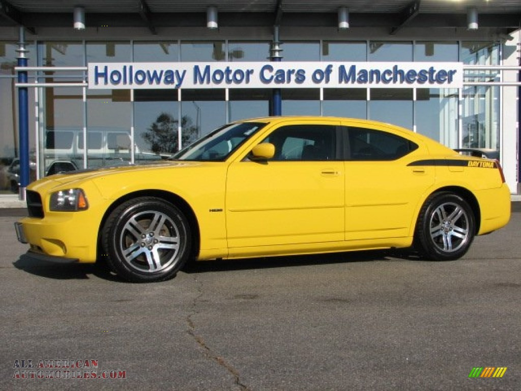 2006 dodge charger r t daytona in top banana yellow photo for Holloway motor cars manchester