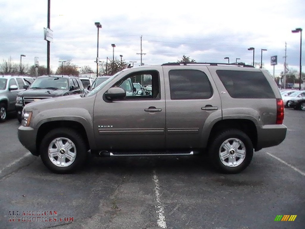 2011 Tahoe Z71 submited images.