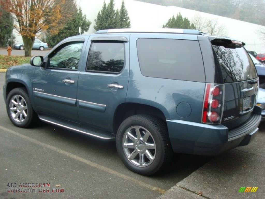 2007 Gmc Yukon Denali Awd In Stealth Gray Metallic