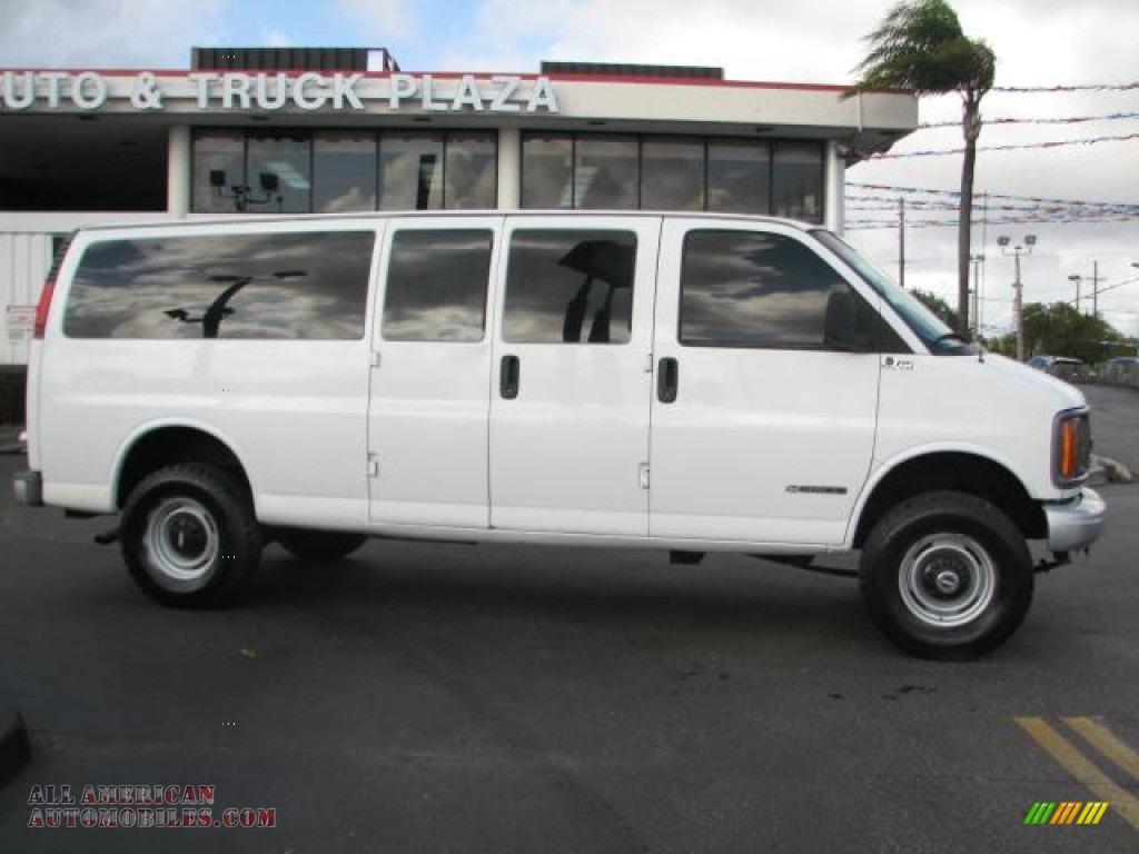 White Passenger Van G3500 4x4 15 Passenger Van