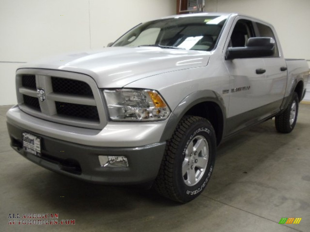 2012 dodge ram 1500 outdoorsman crew cab 4x4 in bright silver metallic. Cars Review. Best American Auto & Cars Review