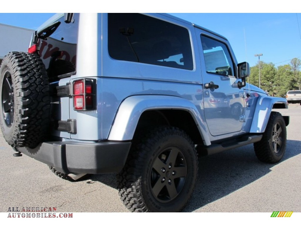 2012 jeep wrangler sahara arctic edition 4x4 in winter chill pearl photo 7 148474 all. Black Bedroom Furniture Sets. Home Design Ideas