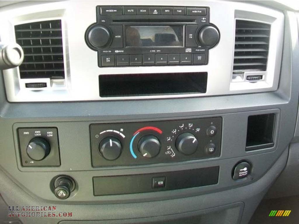 2006 dodge ram 2500 4x4 mega cab slt diesel for sale in. Black Bedroom Furniture Sets. Home Design Ideas