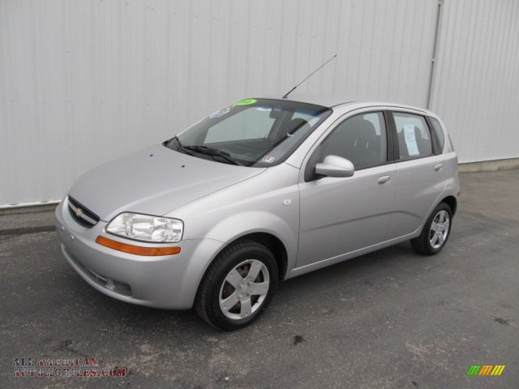 2006 chevrolet aveo ls hatchback in cosmic silver 671560. Black Bedroom Furniture Sets. Home Design Ideas