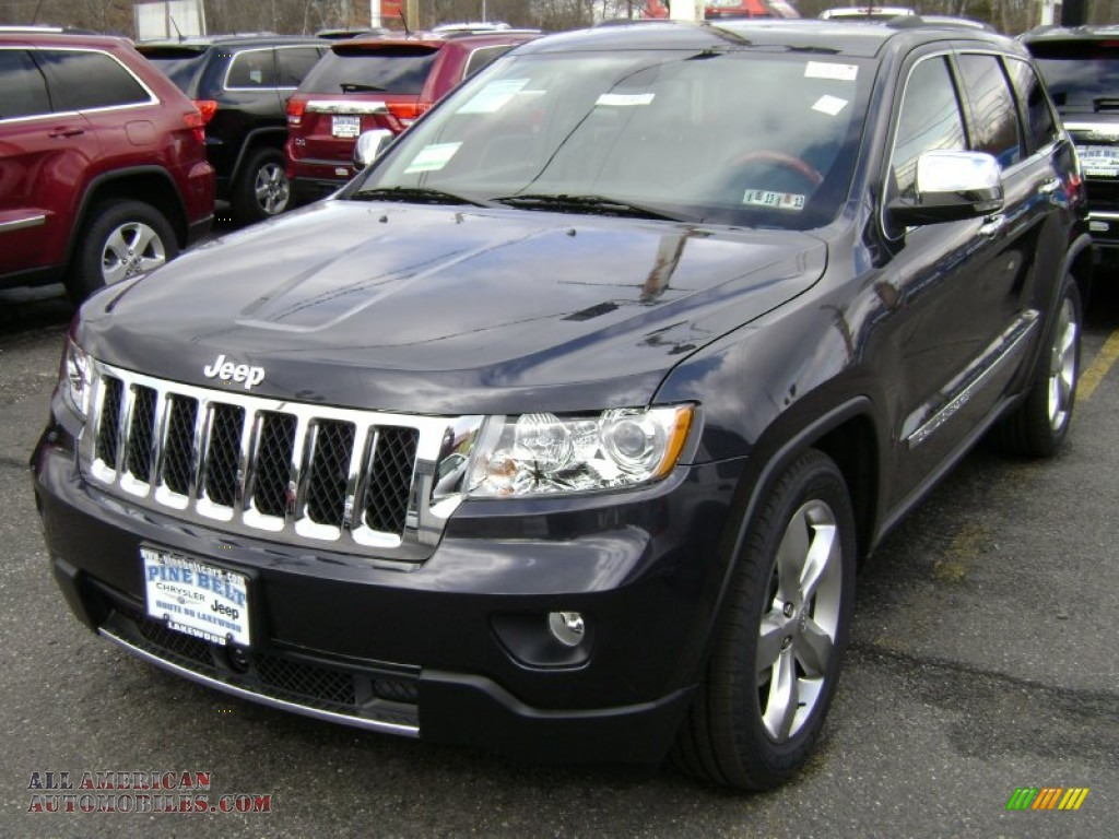 2012 jeep grand cherokee overland 4x4 in brilliant black. Black Bedroom Furniture Sets. Home Design Ideas