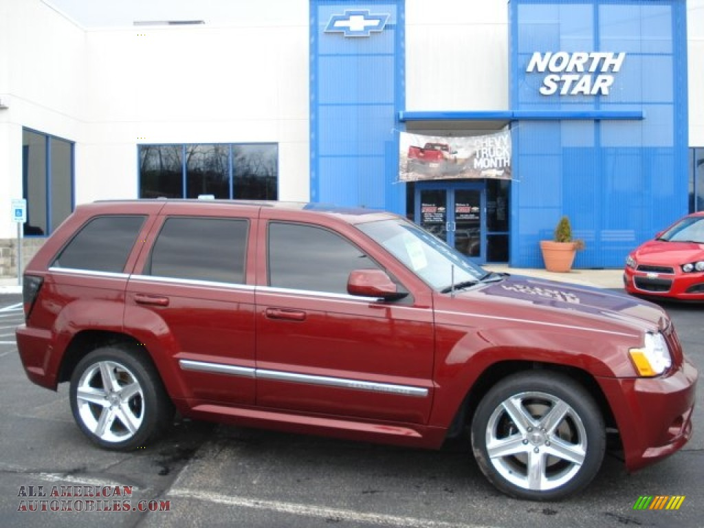 2008 Jeep Grand Cherokee Srt8 4x4 In Red Rock Crystal