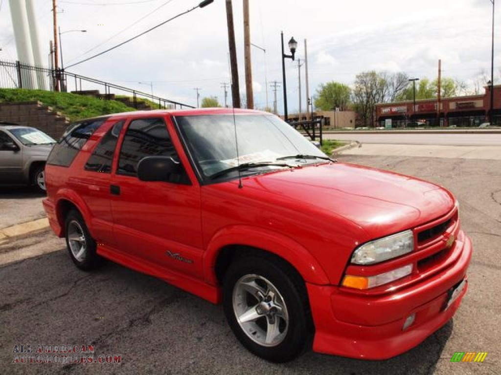 Victory Red / Graphite Gray Chevrolet Blazer Xtreme
