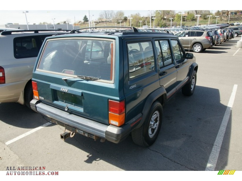 1996 Jeep Cherokee Sport 4wd In Bright Jade Green Photo 2 173170 All American Automobiles Buy American Cars For Sale In America