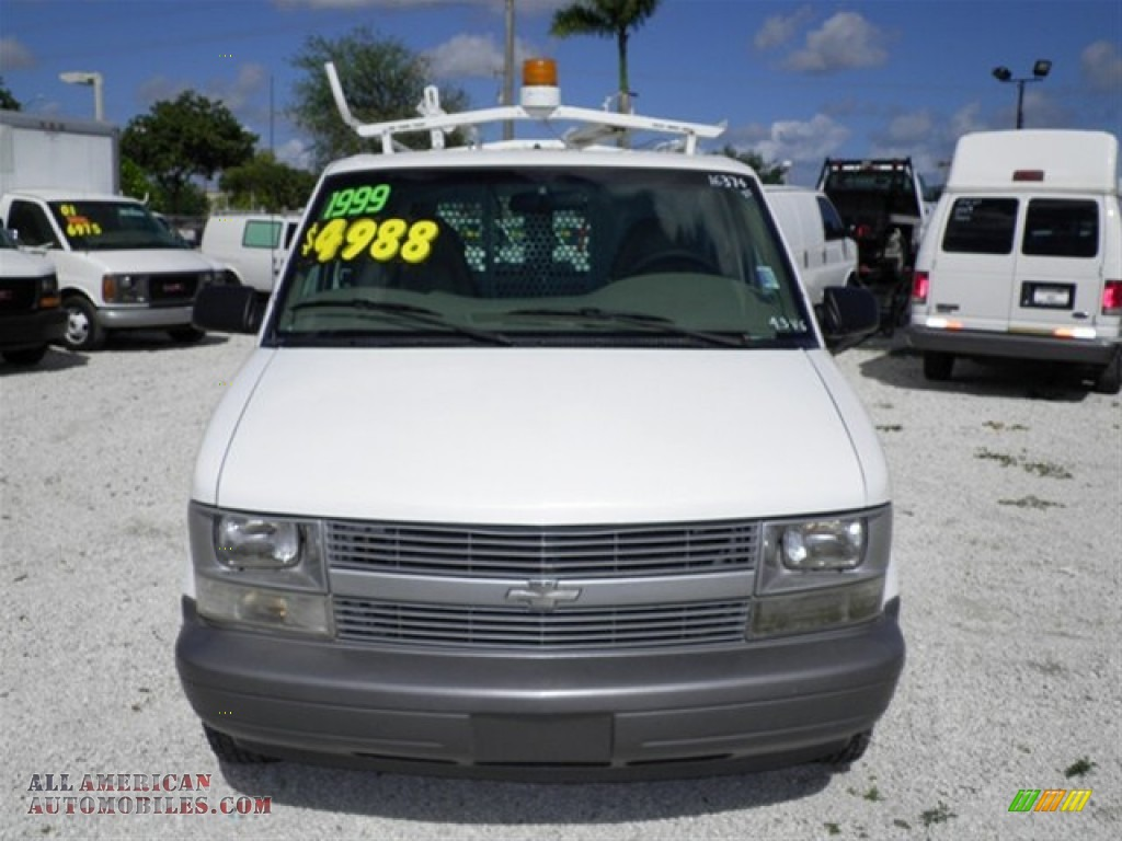 1999 Chevrolet Astro Cargo Van in Ivory White photo #3 ...
