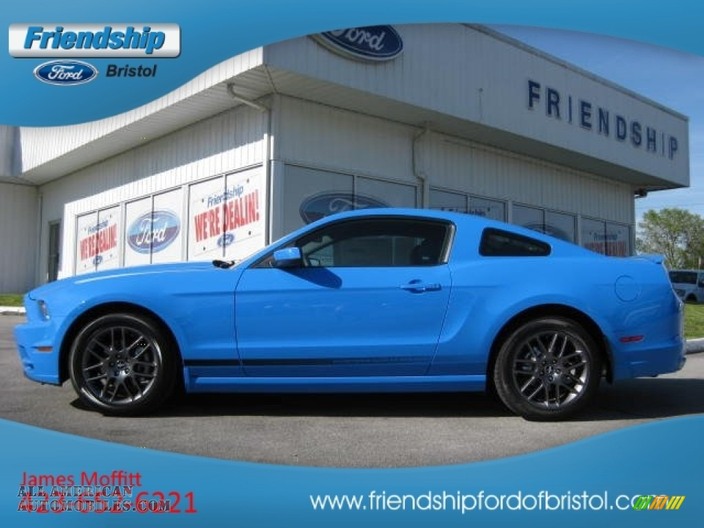 grabber blue charcoal black ford mustang v6 mustang club of america edition coupe