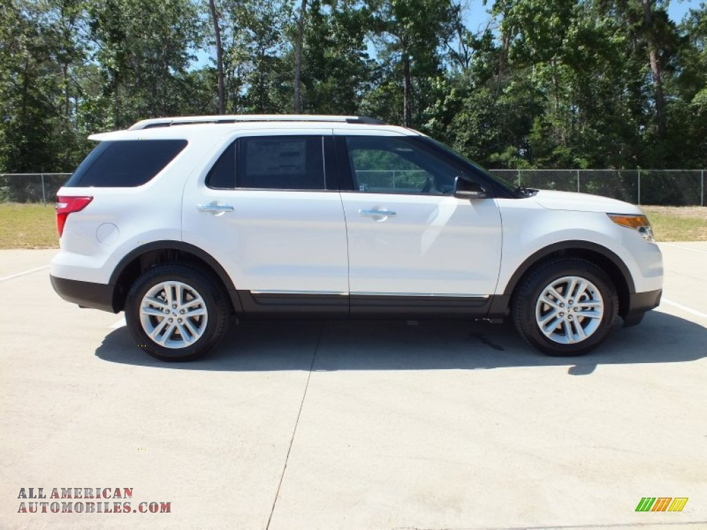 2013 ford explorer xlt in white platinum tri coat photo 2 a54197 all american automobiles. Black Bedroom Furniture Sets. Home Design Ideas