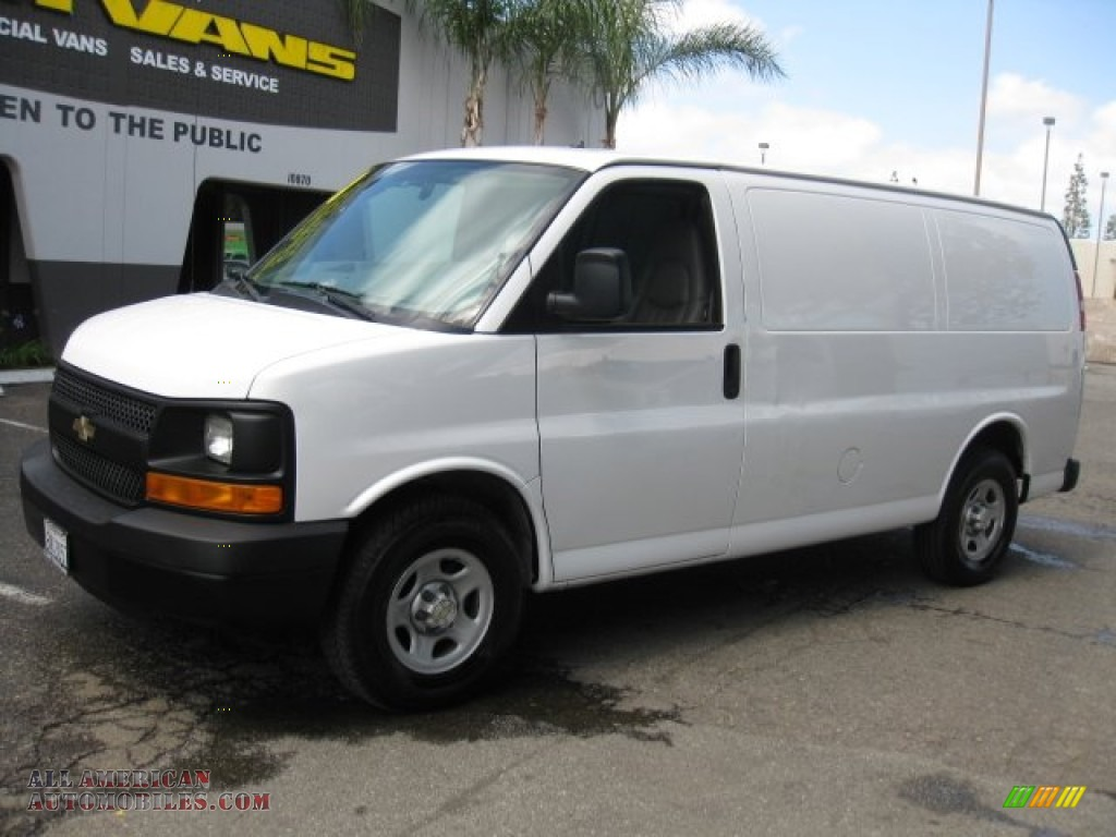 2008 chevrolet express 1500 cargo van in summit white. Black Bedroom Furniture Sets. Home Design Ideas
