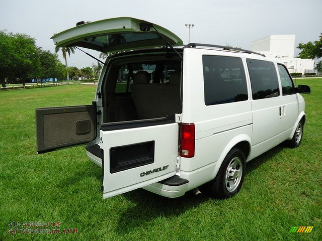 2005 chevrolet astro lt awd passenger van in summit white photo 8 125368 all american. Black Bedroom Furniture Sets. Home Design Ideas