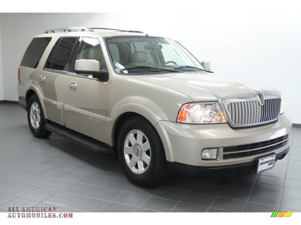 2006 lincoln navigator luxury in light french silk. Black Bedroom Furniture Sets. Home Design Ideas