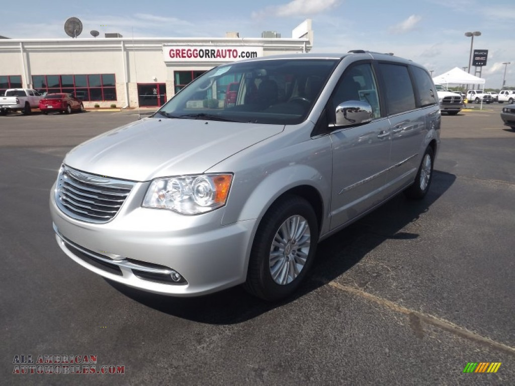 2012 chrysler town country limited in bright silver metallic 394932 all american. Black Bedroom Furniture Sets. Home Design Ideas