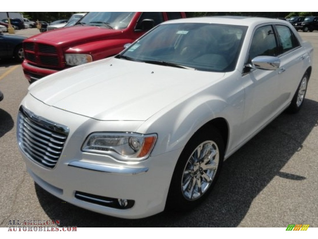 2012 Chrysler 300 Limited in Ivory Tri-Coat Pearl photo #7 ...