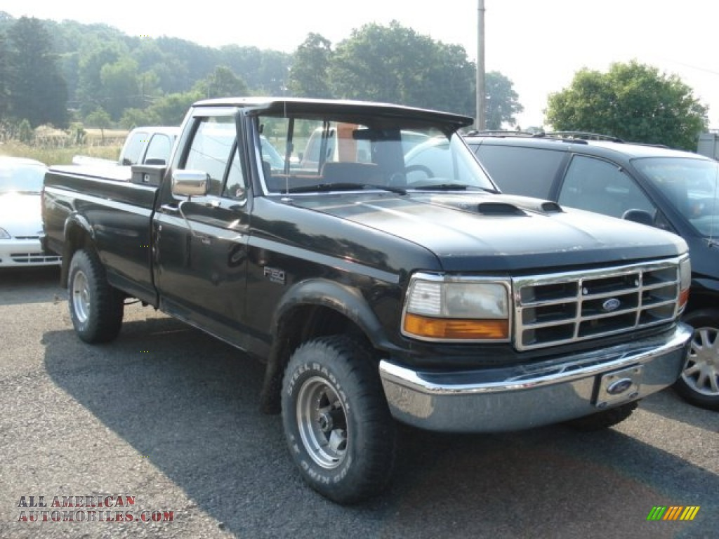 Black / Gray Ford F150 XLT Regular Cab 4x4