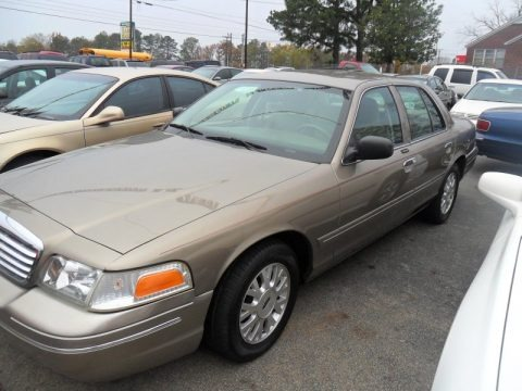 Arizona Beige Metallic 2005 Ford Crown Victoria LX